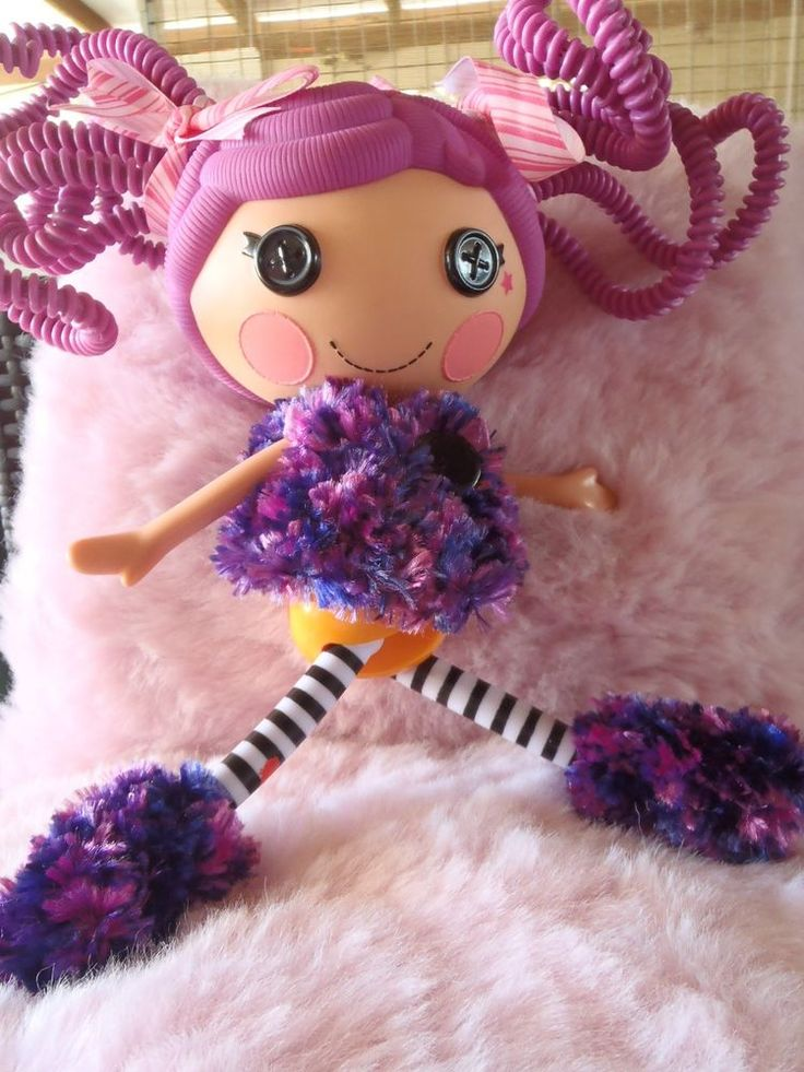 JACKET AND UGG BOOTS FOR BIG SISTER LALALOOPSY (Doll Not Included)