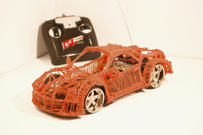 $6 RC car reimagined with 3Doodler