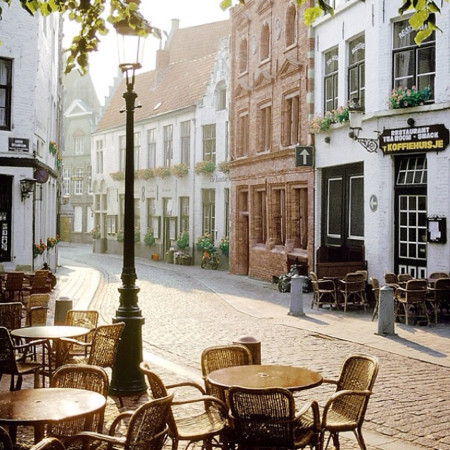 cute cafe in little town c h e r i s h pinterest