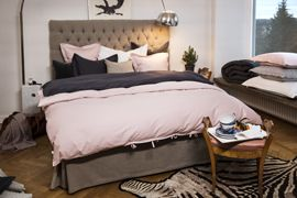 Satina Light Pink and Dark Grey duvet cover and pillow cases. Paula Nature head board.
