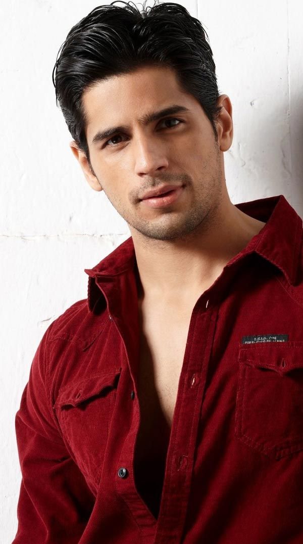 Bollywood Celebrity HD Widescreen Wallpapers | Siddharth Malhotra Bollywood Wallpaper   http://www.fabuloussavers.com/Siddharth_Malhotra_Bollywood_Wallpapers_freecomputerdesktopwallpaper.shtml