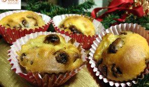 I BOCCONCINI DI PANETTONE SENZA BURRO sono dei golosi e soffici #bocconcini da preparare durante le feste. Facili e veloci da realizzare questi assaggi di #panettone #senzaburro saranno perfetti per concludere i pasti con dolcezza senza appesantirsi! Io li ho realizzati con #cukò di #imetec. Ecco la #ricetta del #dolce http://www.dolcisenzaburro.it/ricette-cuko-imetec/bocconcini-di-panettone-senza-burro/ #dolcisenzaburro healthy and light dessert cakes sweets