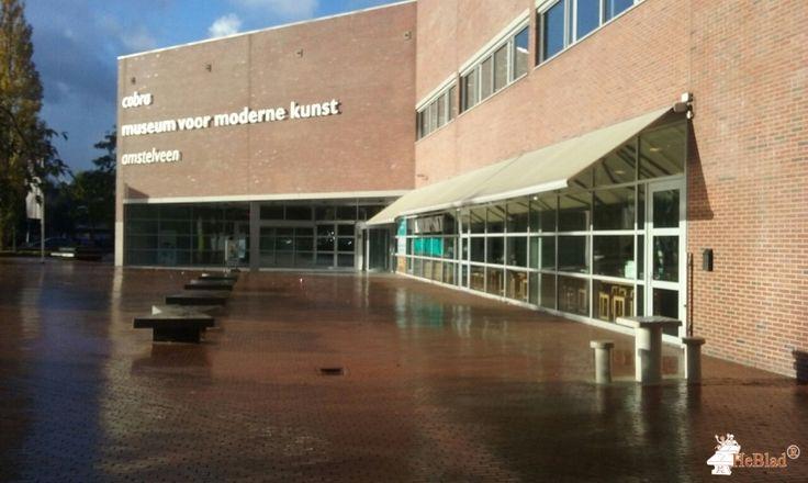 Betonnen Schaaktafel gepolijst bij Cobra Museum Winkelcentrum Stadshart in Amstelveen