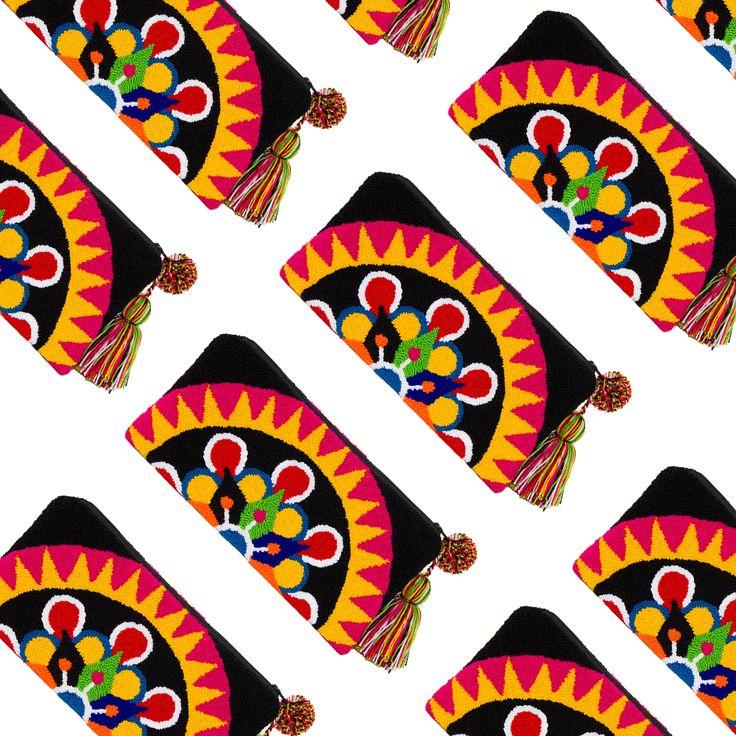 Handmade Wayúu clutch   Bolsos Wayúu tejidos a mano. Boho Chic. Fairtrade. No mass production. Shop online. www.vivayviva.com