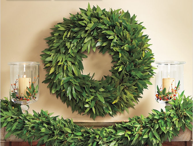 I bet I could make this wreath...