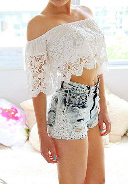 Make unforgettable moments this summer in this lace off-shoulder crop top. This belly-baring blouse features an off-shoulder neckline with floral lace overlay and boning structure for support. For a day out with your BFFs, match this chic crop top with a tiered skirt and a pair of strappy sandals.