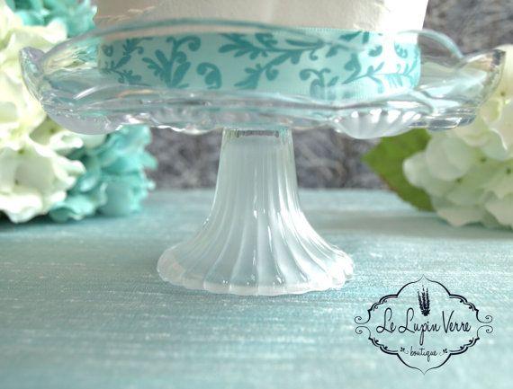 Vintage Destination Beach Seashell Wedding Cake by LeLupinVerre