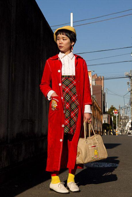 @Tracy Stewart Stewart Stewart Street of Harajyuku, Tokyo 名前: うえのまなみ撮影場所: 原宿年齢: 28職業: おんなのこ化粧品ブランド: ORBISヘアサロン: LIMCODE好きな雑誌: Fruitsよく行くショップ: KINJI,シカゴコメント: やっほ〜☆アウター: 魔法屋トップス: シカゴスカート: KINJIバッグ: 文化屋雑貨シューズ: American Apparel帽子: KINJIPhoto by: タヤオカ