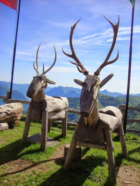 Rifugio Venini - Alpe di Ponna (Como) http://lefotodiluisella.blogspot.it/2015/05/una-domenicapigra.html