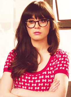 11 Beauty Struggles Only Girls Who Wear Glasses Understand