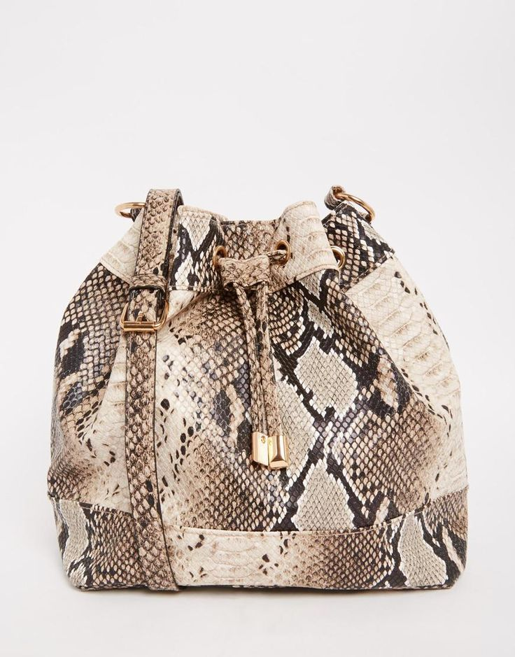 Great print and great shape : http://asos.do/DDyPTB