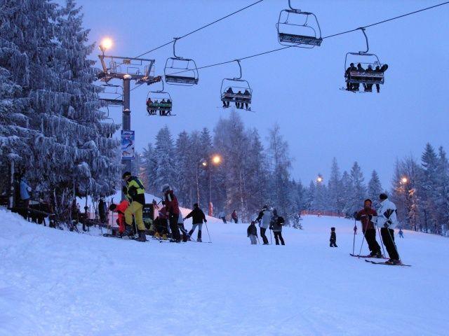 Narty z rodziną w Polsce - www.wierchomla.com.pl/stacja-narciarska-zima