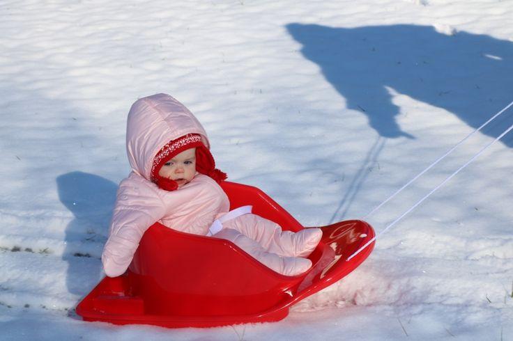 baby sledding #oldnavy #oldnavystyle #snowsuit #babysnowsuit #firstsnow #babysfirstsnow #oldnavybaby #oldnavykids @oldnavy
