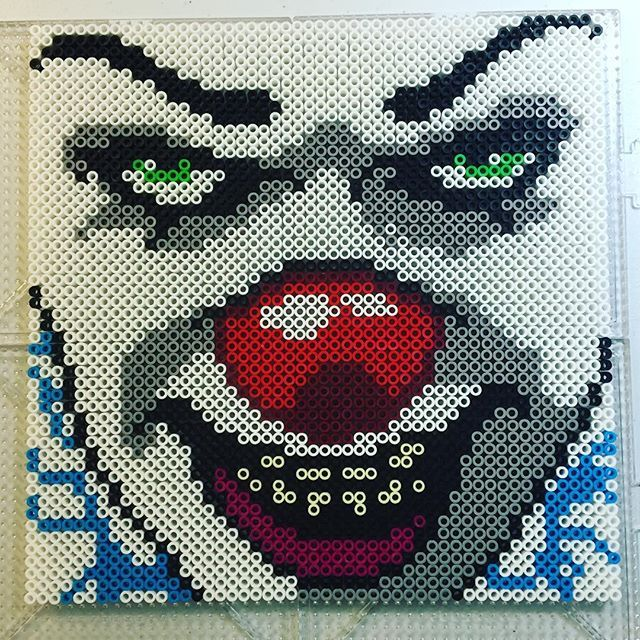 Pennywise IT perler beads by Jake Tastic