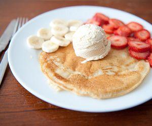 Pancakes with ice cream.