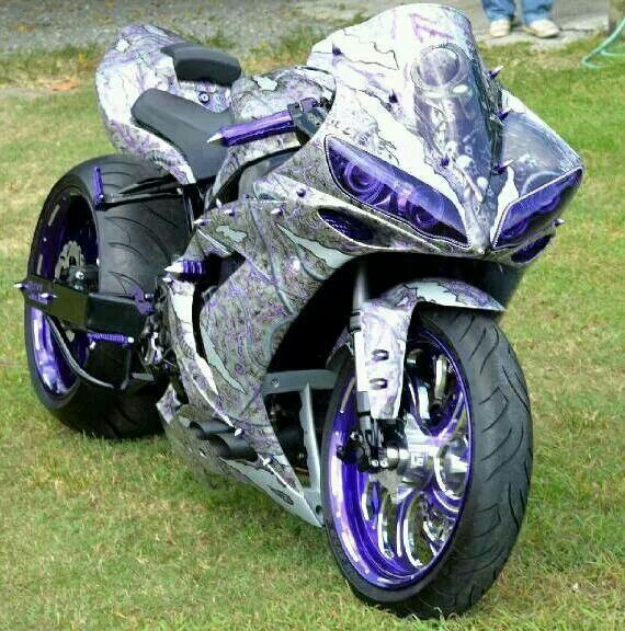 Yamaha R1 Custom wowwww #supermotos #superbikes #yamahar1