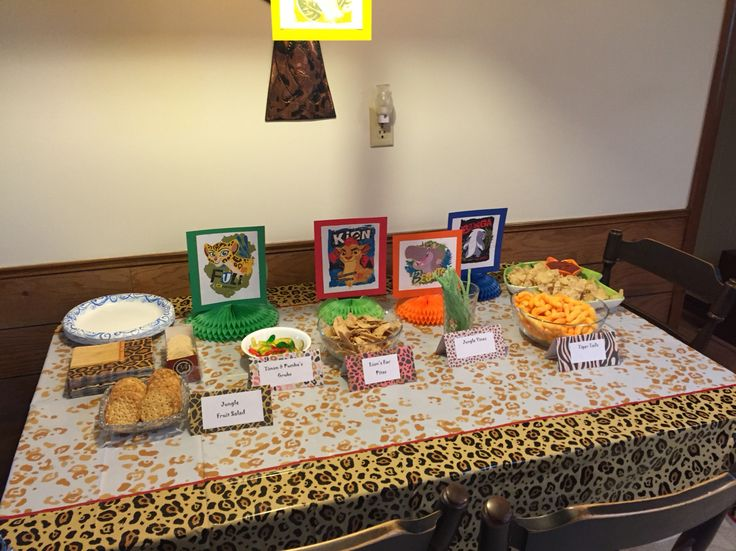 Lion Guard Table Decorations And Themed Snacks Lion