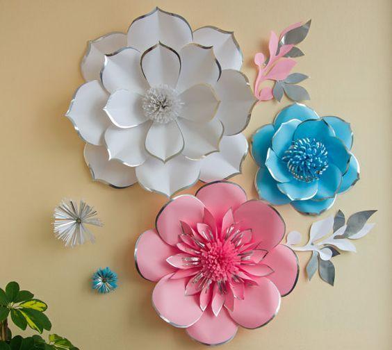Boda fondo - papel grande flor Wall - vivero Decor - flor de papel azul claro rosa blanco brillante con brillo plata a lo largo de los bordes