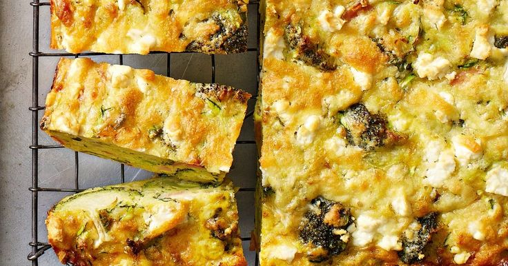 Broccoli and bacon zucchini slice