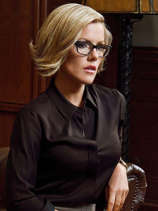 Kathleen Robertson:love her in Boss | Celebs | Pinterest