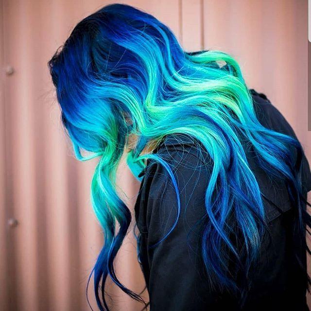 Shine Line Vivid Hair Hair Inspiration And Hair Tips Lavender Hair Hair Inspiration Blue Hair