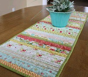 Quilted Table Runner - make using christmas fabric scraps?