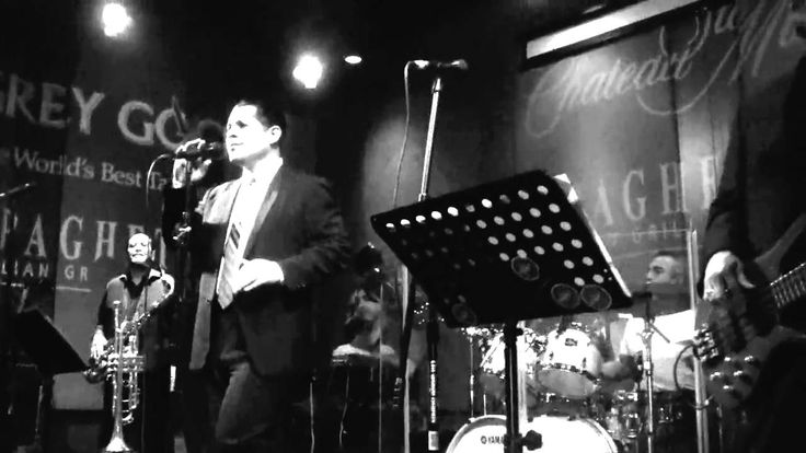 Thee Midniters at Spaghettini with Greg Esparza 2010