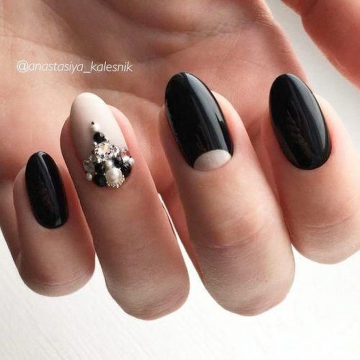Superb Oval Nail Art Ideas18 – Tanyamart