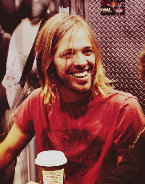 Taylor Hawkins my future husband. Who cares that he's 25 years older than me ....