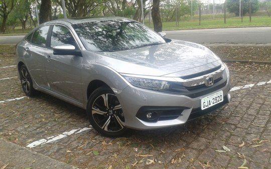 Honda Civic Touringvale mesmo os R$ 124.900? Confira naavaliação