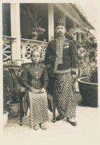 Raden Mas Adipati Ario Dhipokoesoemo van Batang met Raden Ajoe 1930