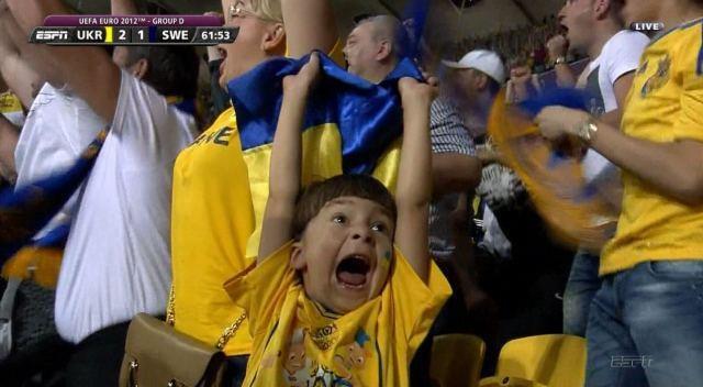 EURO 2012 - Ukraine wins over Sweden 2:1, on June 11, 2012 #kids: Ukrainian Fans, Kids Reactions, Euro 2012, Sports Funaddict, 2012 Kids, Fans Numbers, Galleries 062012, Euro2012, Euro Cups