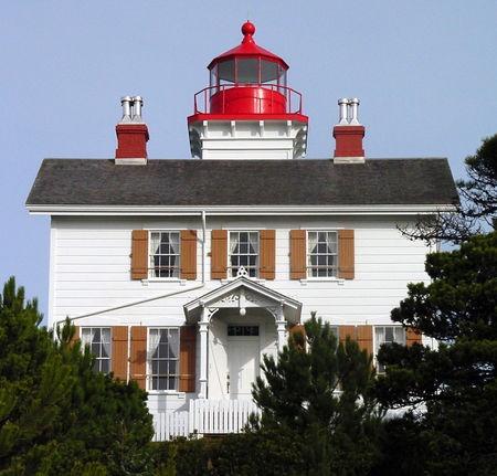 Faro de la bahía de Yaquina - Newport, OR
