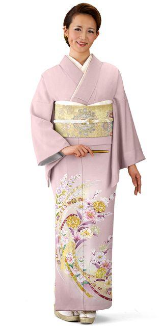やさしいピンクに水仙と端兆花持とうが素敵な色留袖。結婚式にぴったりの色振袖まとめ。ウェディング・ブライダルの参考に