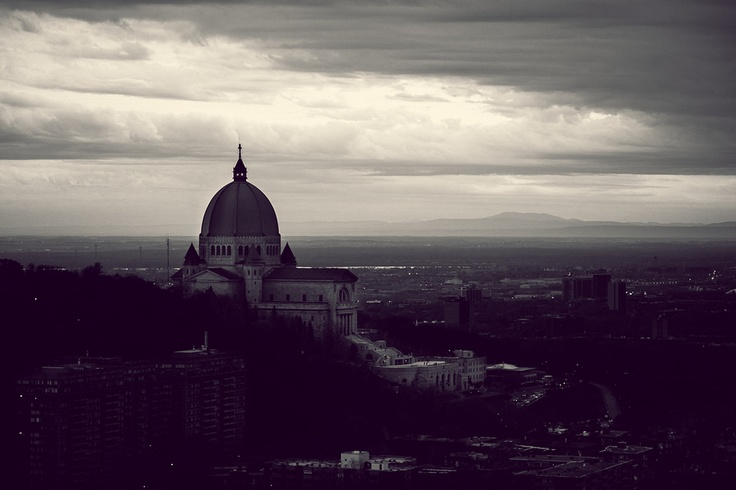 The Saint Joseph's Oratory as seen from the UdeM cupola, Montreal.