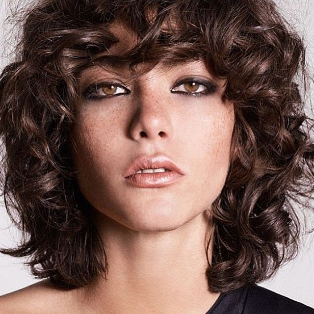 ms de ideas increbles sobre cortes de pelo rizado corto en pinterest recogido de pelo corto upstyles para pelo corto y estilos de pelo rizado