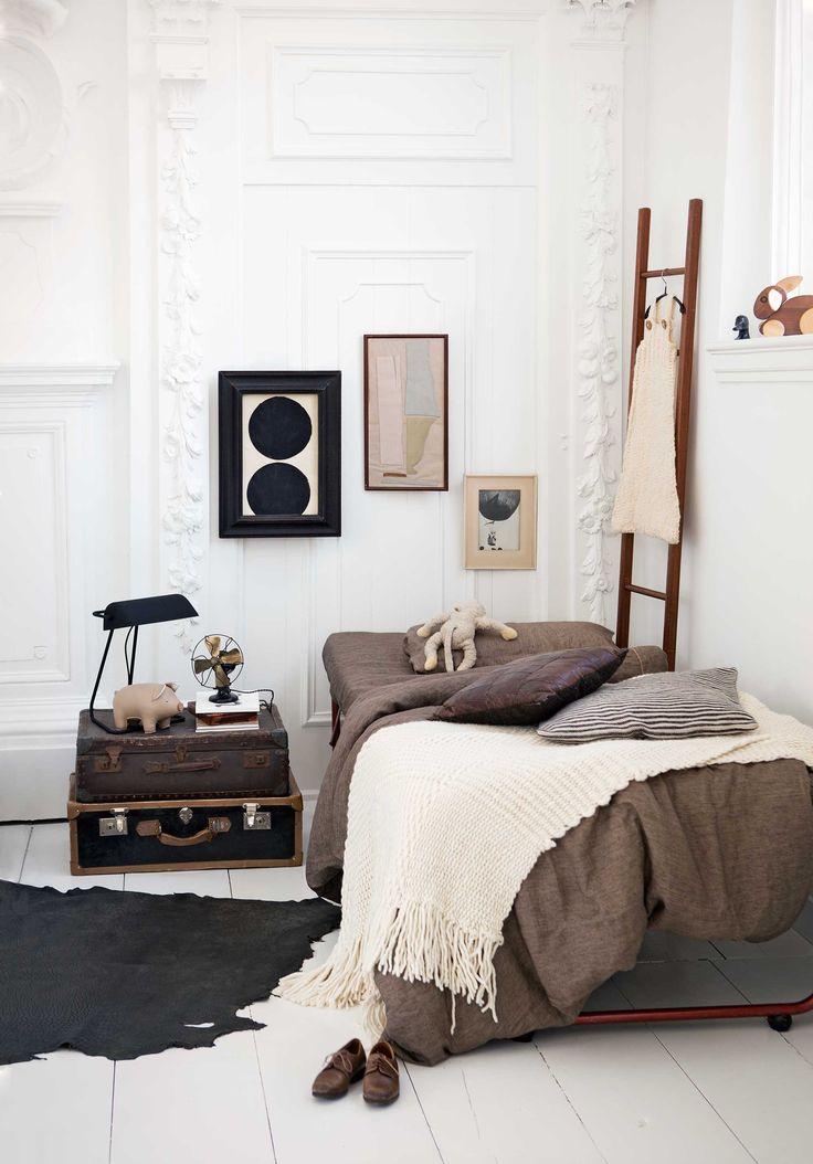 Best 25 Brown Bedrooms Ideas On Pinterest  Brown Bedroom Decor Endearing Brown Bedroom Designs Inspiration