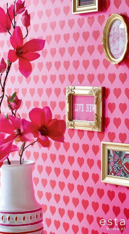 http://www.estahome.nl/nl/behang/kamers/meisjeskamer/vliesbehang-harten-rood-roze.html