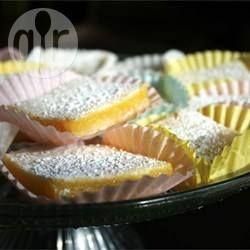 Citroengebakjes (lemon bars) @ allrecipes.nl
