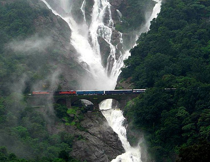 5 Train Journeys to Enjoy Monsoon in India!