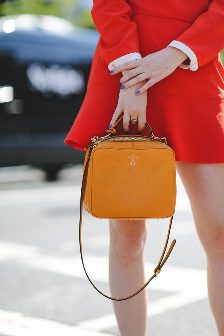 42 Must-Have Bags Seen At New York Fashion Week #refinery29 http://www.refinery29.com/2015/09/94190/cute-handbags-fashion-week-street-style#slide-21 A box bag that feels super-feminine (but also pretty bossy).Mark Cross bag....