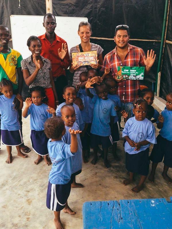 Comity volunteering Da es Salaam. http://bit.ly/communityvolunteering?utm_content=bufferd5789&utm_medium=social&utm_source=pinterest.com&utm_campaign=buffer