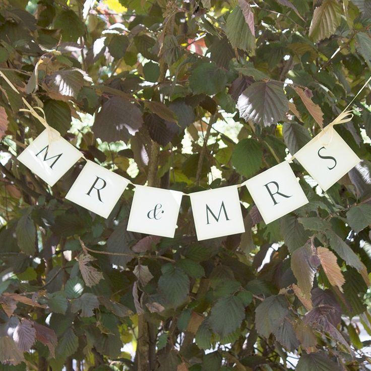Hochzeitsgirlande Mr. & Mrs.