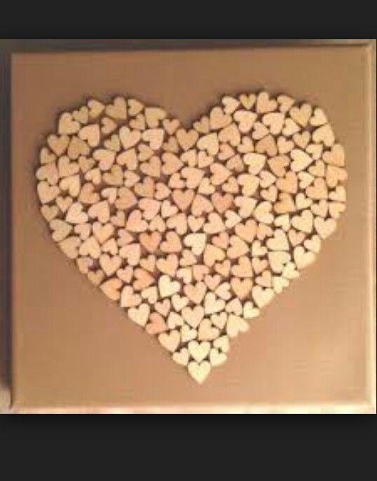 Canvas doek action of xenos beplakken met papier of behang verven kan ook kleine houten hartjes te koop bij action of tuincentrum . Kan opgeplakt worden met lijm pistool ook gewone lijm werkt goed