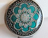Locket, Jewelry,Necklace,Pendant,Silver Locket, Green Locket,filigree locket,photo locket ,Wedding Necklace,bridesmaid necklace