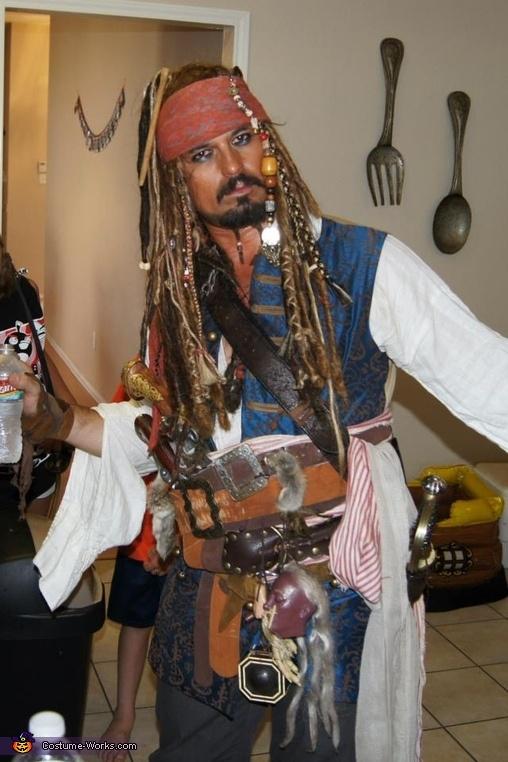 Captain Jack Sparrow Halloween Costume | Halloween ...