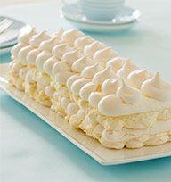 Frozen meringue cheesecake
