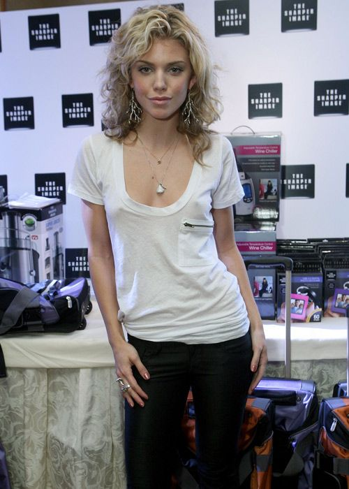 Awesome 20 Celebs That Like Going Commando Cool Outfits