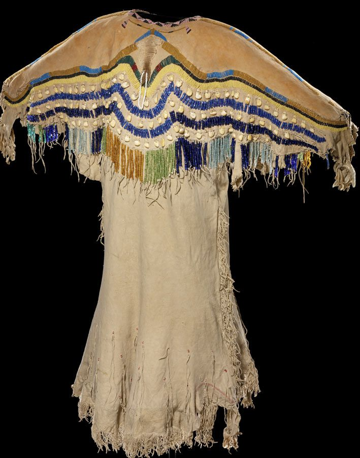 Native American ethnic clothing