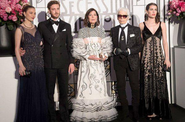 Карл Лагерфельд, Шарлотта Казираги и принцесса Каролина на Балу роз в Монте-Карло
